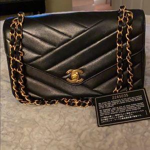 Chanel single flap chevron shoulder bag